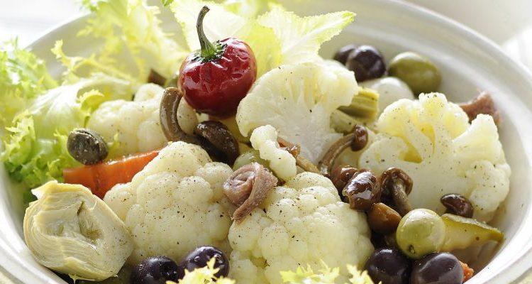 La signora Anna, il Cavalcanti e la ricetta dell'insalata di rinforzo della tradizione