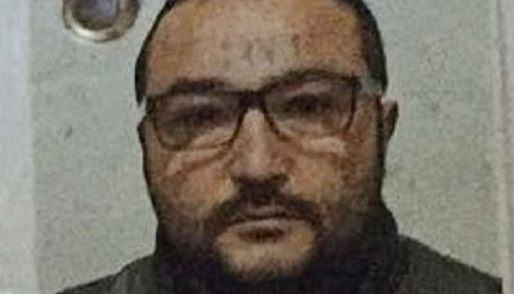 Ucciso e dato alle fiamme tunisino accusato di stupro: la denuncia di un collaboratore di giustizia dei Mazzarella