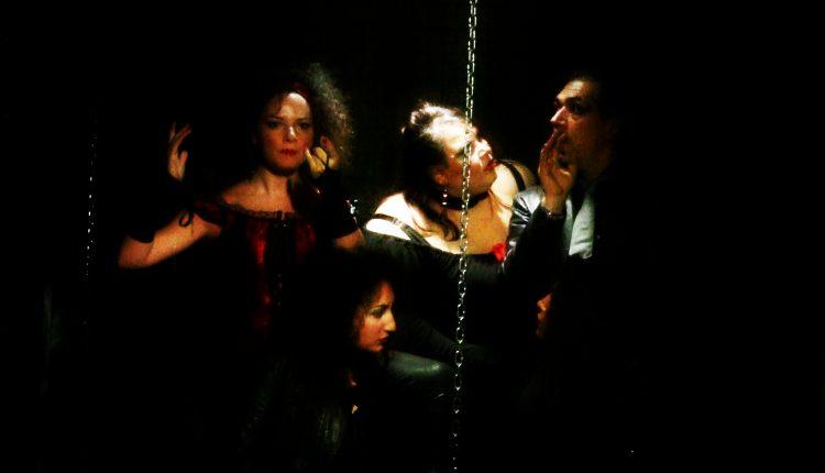 """Al Centro Teatro Spazio, """"Vita, miserie e quasi morte di Mackie Messer""""da """"L'opera da tre soldi"""" di B. Brecht, regia di Vincenzo Borrelli"""