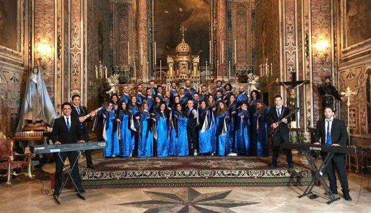 Natale sotto l'Arco: venerdì, alle 21, «The Blue Gospel Singer» nell'aula polifunzionale del Santuario