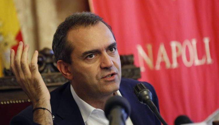 """Il sindaco di Napoli Luigi de Magistris sul suo futuro politico: """"Preparo un progetto nazionale"""""""