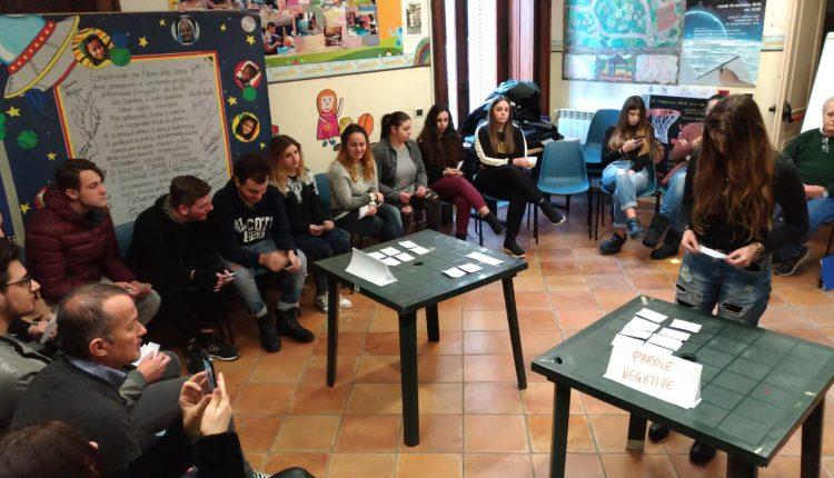 La città dei bambini crea un gioco di ruoloper insegnare ai grandi come comportarsi in caso di rischio Vesuvio