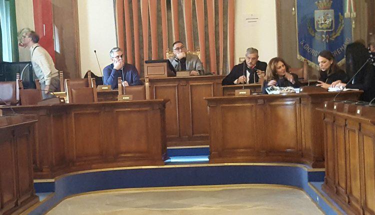 San Giorgio a Cremano – Approvati i debiti fuori bilancio mentre l'ex vice sindaco Marino ritorna sulla vicenda Teseo