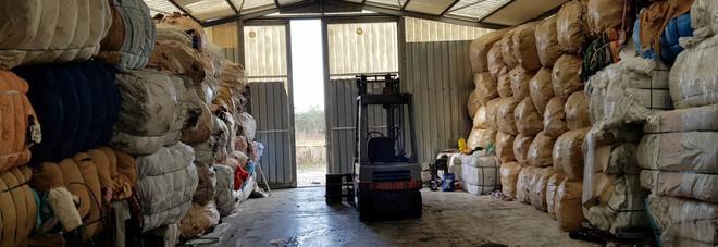 Oltre undicimila balle di rifiuti specialiscoperte in 13 capannoni a Pompei