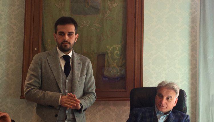 LA POLITICA A SANT'ANASTASIA – Mario Trimarco lascia la maggioranza Abete e per coerenza anche  il Conisglio Comunale