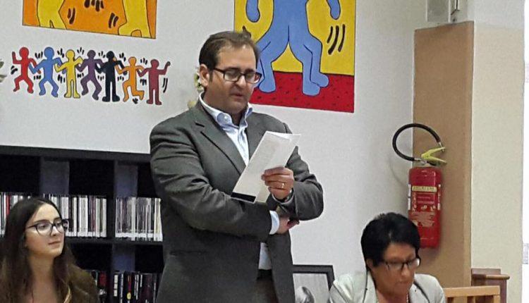 VERSO IL VOTO – L'ex sindaco di Massa Antonio Zeno candidato con Insieme contro Borrelli che corre sol suo (ex?) partito? E il sarcasmo di Salvatore Esposito
