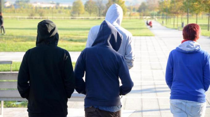 SCACCO ALLA BABY GANG- Arrestatti a Pomigliano d'Arco 11 persone, 4 sono maggiorenni