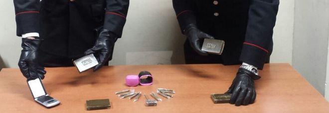 Blitz dei carabinieri nel Parco Fiordaliso di Somma Vesuviana: trovati e sequestrati panetti di hashish