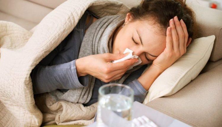 """Influenza, i medici di famiglia avvisano: """"Possibile ripresa dell'epidemia, attenti a bambini e anziani"""""""