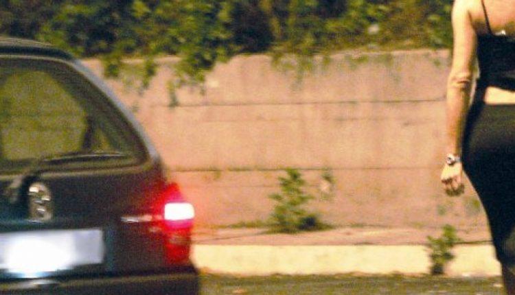 Rapina e violenta una prostituta, preso. I carabinieri cercano il complice