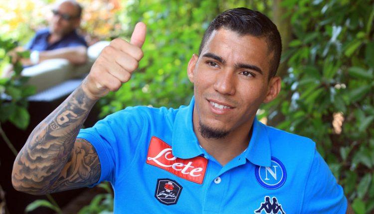 Calcio Napoli, Allan rinnova fino al 2023: il presidente De Laurentiis annuncia firma del brasiliano sui social network
