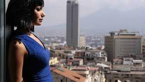 Per la Giornata disconnessione, Napoli ci prova: il 21 marzo, tutte le adesioni, dal San Carlo al MANN. La madrina saràl'attrice Chiara Baffi