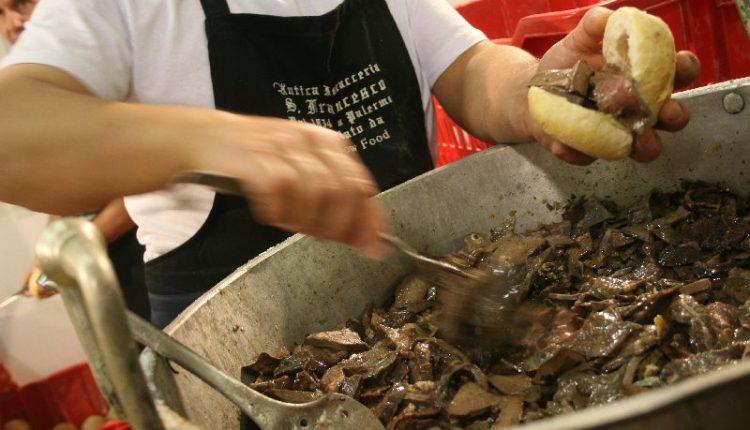 STREET FOOD PARADE – A Pasqua e Pasquetta il Lungomare Caracciolo diventa teatro del cibo di strada, local e glocal
