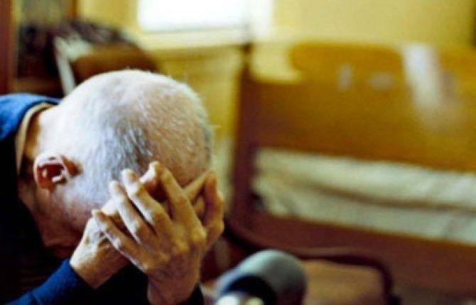 IL DRAMMA FAMILIARE – Non gli piace il pranzo e prende a calci il padre: arrestatoa San Giorgio a Cremano