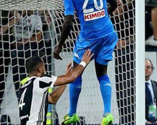 Juventus Napoli 0-1, decide un gol di testa di Koulibaly al 90′.Decide, dopo un match tattico e bloccato, una rete di testa di Koulibaly. Riaperto il campionato. Festa in strada a Napoli