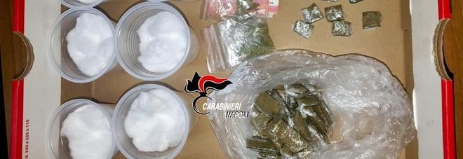 Droga nei barattoli del caffè e piantine di marijuana: due arresti dei Carabinieri