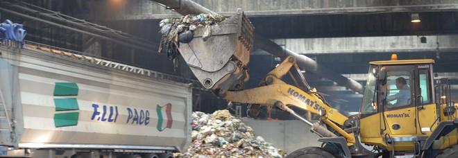 """Impianto compostaggio a Ponticelli:""""I lavori inizieranno per fine anno"""". Quasi ai nastri anche a Pomigliano d'Arco"""
