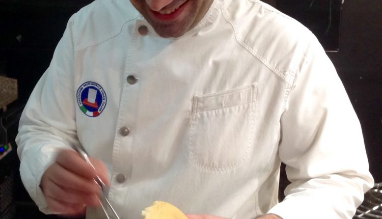 Al Metamorsi di Nola il piatto d'autore entra nel panino  Lo chef Crisci di Taverna Vesuviana firma il panino del menu primaverile