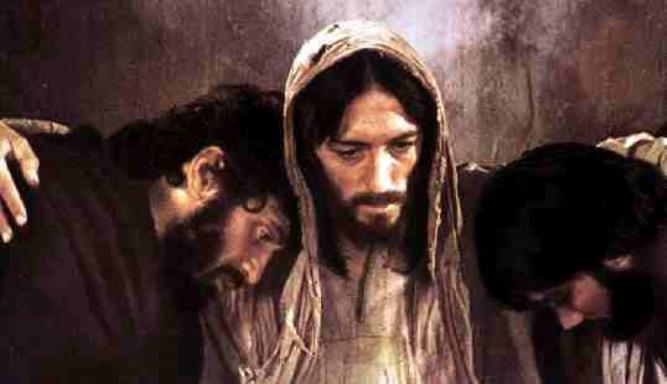 LAVORI IN CORSO –La nostra vita è un lavoro in corso da consegnare al Signore che ce l'ha donata. Il suicidio, nell'approfondimento di Lorenzo Mandarino