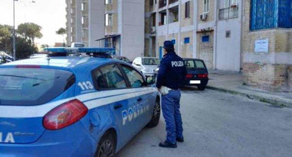"""Estorsioni, rapina e droga: arrestati dagli agenti del commissariato di Polizia Ponticelli """"gli amici di Cercola"""" il nuovo gruppo criminale di Roberto D'Ambrosio"""
