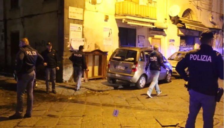 Agguato a Napoli, grave ventenne feritoal torace: sottoposto a intervento chirurgico