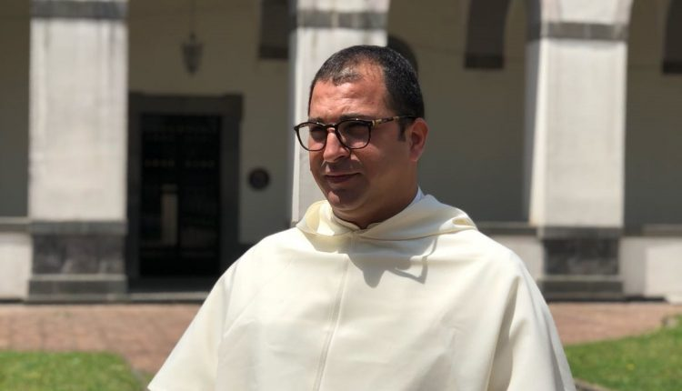 Madonna dell'Arco, padre Alessio Romano ha riaccettato l'incarico di Priore