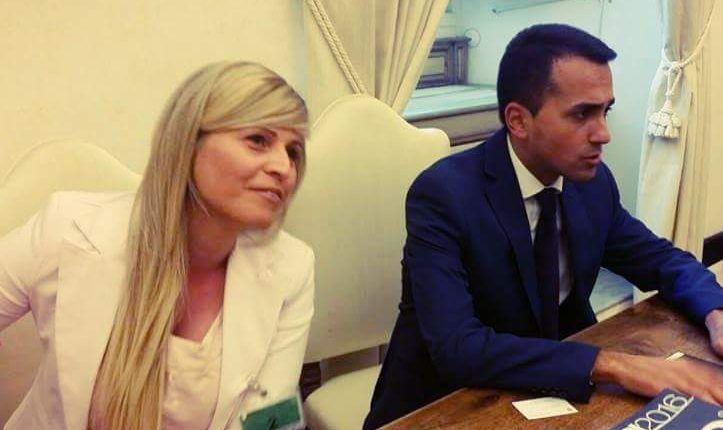 VERSO IL VOTO A VOLLA – I Grillini spaccati sul nome del candidato a sindaco. Nella trattativa Caldarelli-Vaccaro, vince il senatore