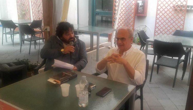 Aglio, olio e assassino: Alla Feltrinelli di Pomigliano d'Arco il libro di Pino Imperatore con Mario Volpe