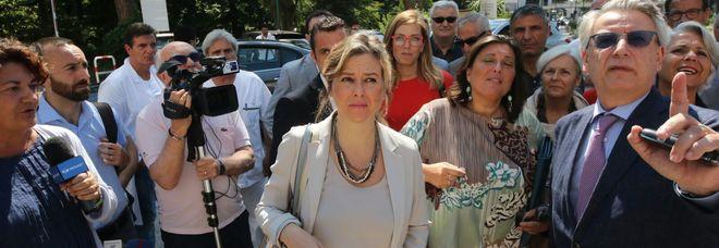 """Reparto chiuso all'Ospedale del Mare per la festa del primario, interviene il ministro G. Grillo: """"Agiremo di conseguenza"""""""