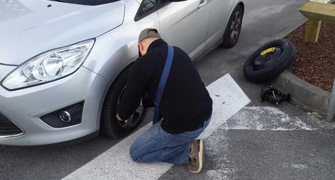 Napoli, erano il terrore degli automobilisti: presa la banda di furti di pneumatici