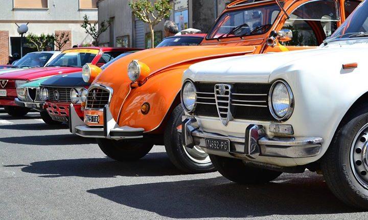 Tutto pronto per il Primo Raduno di auto e moto d'epoca degli Amici di Pollena Trocchia. Tappa gastroturistica al Miseria e nobiltà