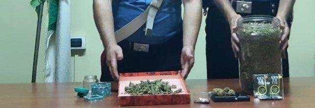 Ercolano, alto impatto dei carabinieri: arresti per droga e possesso di arma