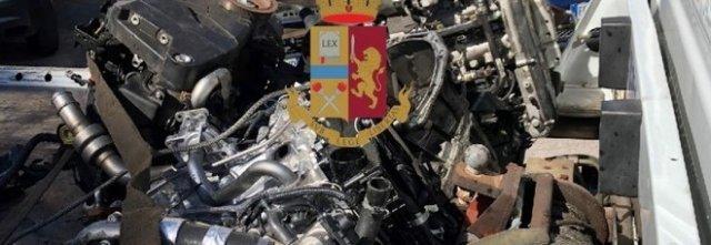 Auto rubata col telaio già contraffatto:ricettazione e riciclaggio, 3 denunce a San Giorgio a Cremano