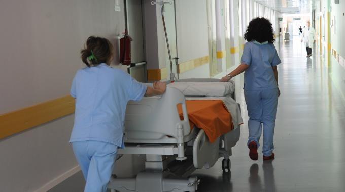 24 infermieri in arrivo negliospedali per coprire i vuoti in organico a Nola e Castellammare di Stabia