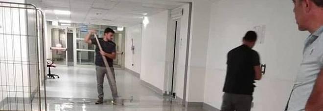 Napoli, raid all'Ospedale del Mare:allagati i locali del pronto soccorso. De Luca e i vertici All: è un sabotaggio