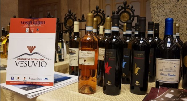 Vesuvinum, vini e sapori del Vesuvio:dal 14 al 16 settembre al Castello Mediceo a Ottaviano