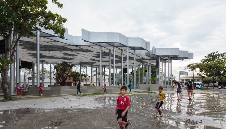 """""""Metropoli Novissima"""": una grande mostra a Napoli racconta la riqualificazione delle periferie urbane attraverso il lavoro di progettisti e architetti internazionali"""