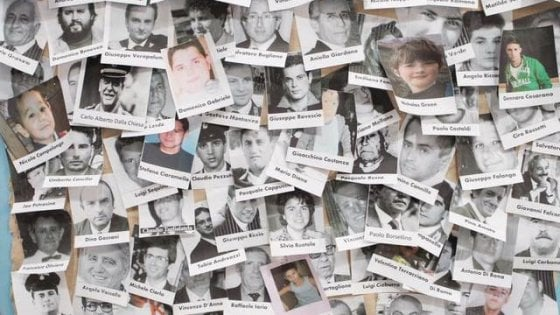 """""""Siamo stanchi ma non possiamo fermarci"""": i parenti delle vittime di camorra scrivono al governo"""