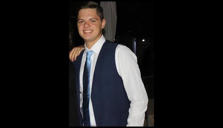 MALTEMPO IN CAMPANIA – Vento e pioggia, muore un giovane studente schiacciato da un albero. I sindaci chiudono le scuole e il tempo migliora