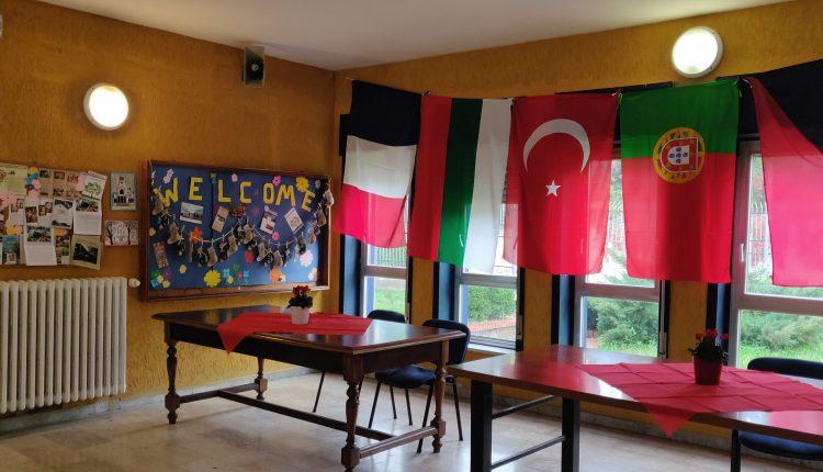 Erasmus – You and me: all'Istituto Carlo Santagata di Portici docenti e alunni provenienti da Bulgaria, Francia, Portogallo, Repubblica Ceca e Turchia