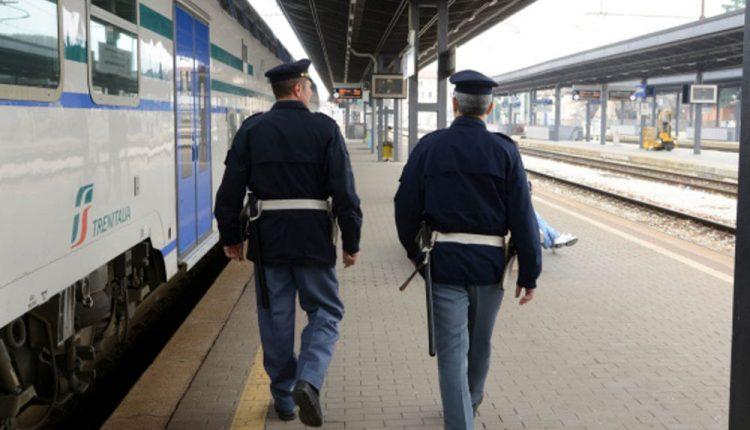 """""""Stazioni Sicure"""" a Napoli Centrale idenfiticate 5350 persone, 10 denunce e 19 sequestri"""