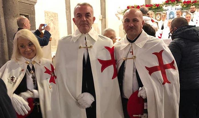 Il sindaco di Somma Vesuviana Salvatore Di Sarno tra i templari dell'Ordine Sovrano e Militare del Tempio di Jerusalem