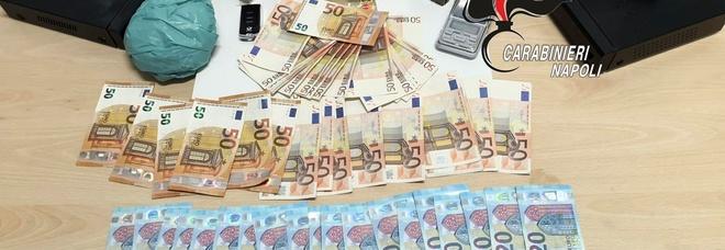 Pomigliano, ai domiciliari nascondeva droga e 2mila euro in contante