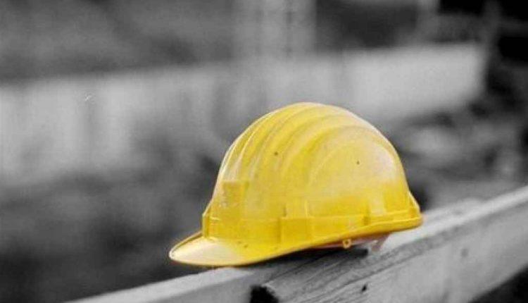 Un operaio precipita in un cantiere a Poggiomarino: rischia la vita, l'area sequestrata