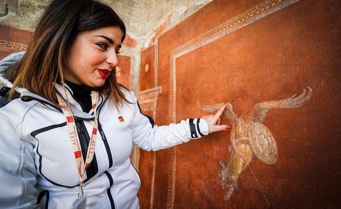 A Pompei torna la Schola Armaturarum  Il 'disastro' nel 2010, il direttore Osanna presenta i restauri