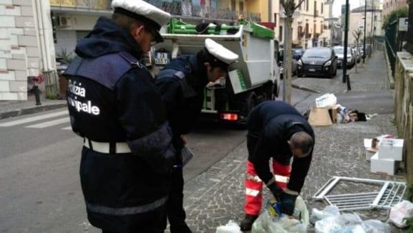 """Rifiuti, nuova task force su tutto il territorio di San Giorgio a Cremano e raffica di sanzioni.Il sindacoZinno """" Non arretriamo su questo fenomeno"""""""