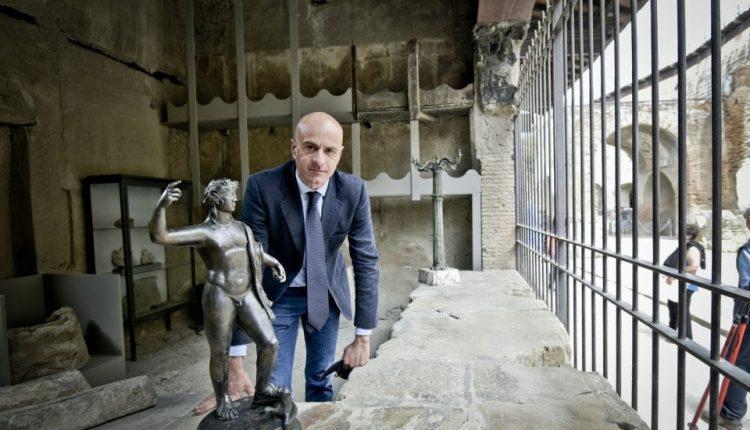 Scavi di Ercolano: nuova luce alla Casa dei Cervi, Rifatti gli intonaci e smontata pensilina. Sarà visibile dopo l'emergenza