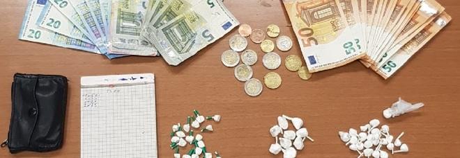 50 involucri di cocaina e 203 euro nell'auto: 45enne arrestato a Ercolano