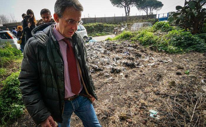 Sversamenti illegali sul Vesuvio,arriva il Ministro Costa: pronta task force e tavolo tecnico con Ente Parco