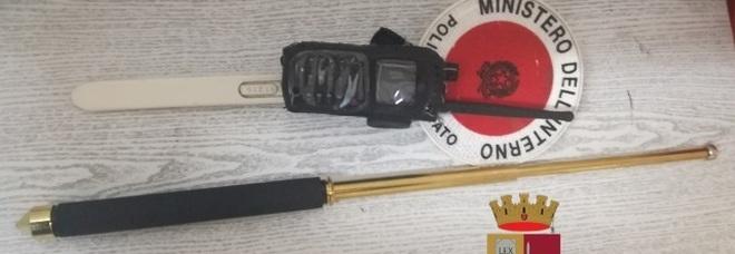 San Giorgio a Cremano, bloccato dalla polizia un 19enne armato di sfollagente telescopico